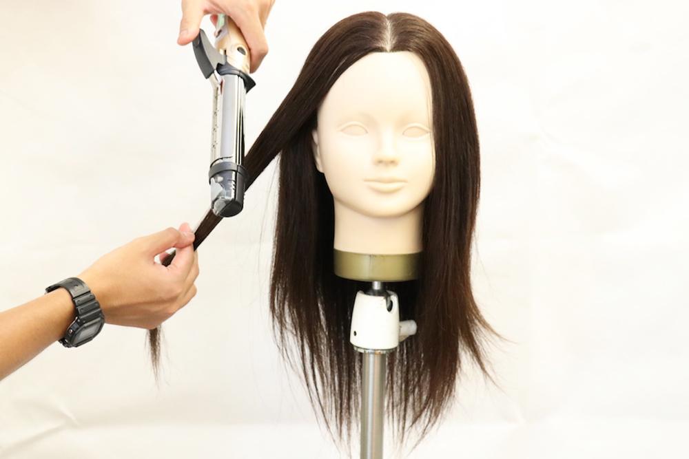 最もベーシックで、幅広い髪の長さの方におすすめ!32mmのコテ