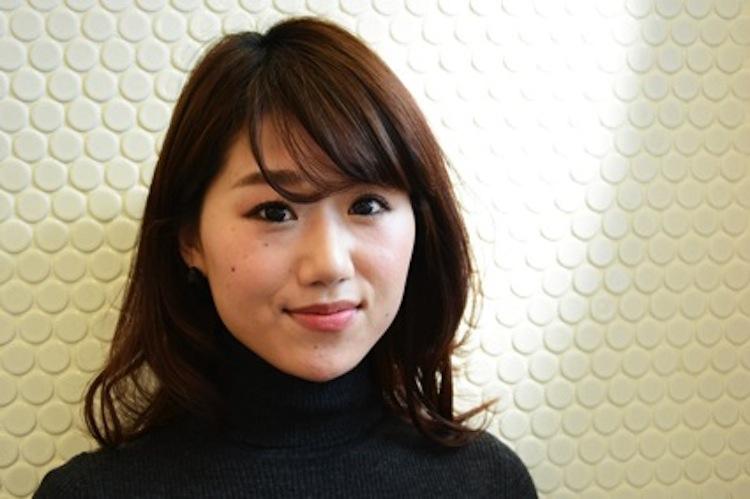 マスカラについてお伺いするのは、ヘアメイクのプロとして都内で活躍される江森喜子さん。