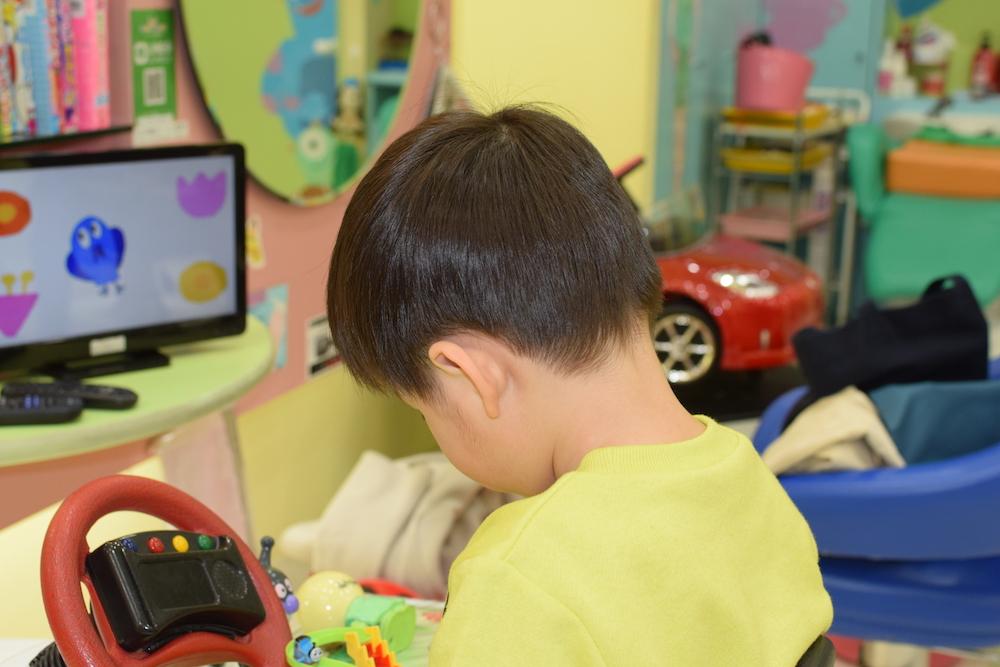 美容師さんに聞くテスコムのバリカンヘアーカッターTC470の使いかた自宅でできる簡単ナチュラルヘアの出来上がり!