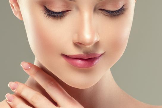 鼻毛処理はハサミ派?鼻毛カッター派?ケア方法や頻度について、20〜30代女性50人に聞いてみた