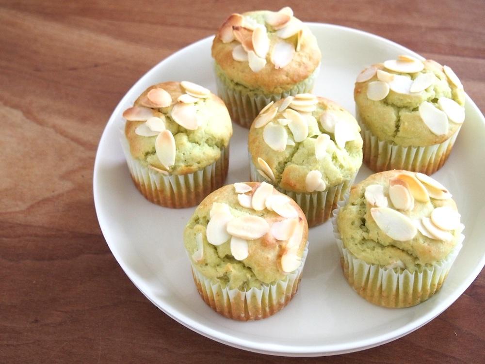 【料理研究家考案】ミキサーを使った簡単デザートレシピ①アボカドカップケーキ