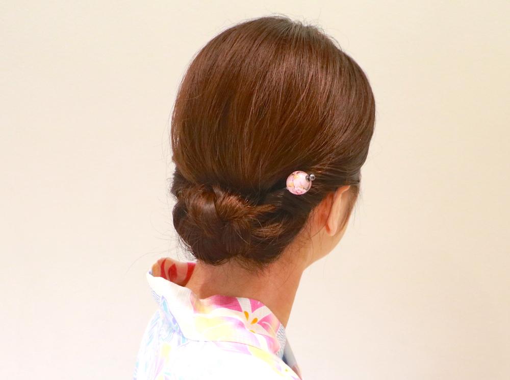 手順6・浴衣に合う【ミディアムヘアアレンジ】大人女子感が漂う♡はんなりアップスタイル