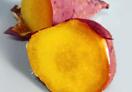 低温コンベクションオーブンでつくる「トロリと甘い焼き芋」